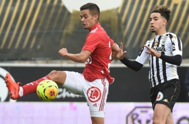 FBL-FRA-LIGUE1-ANGERS-BREST