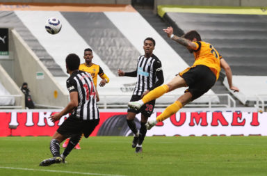 Newcastle United v Wolverhampton Wanderers - Premier League